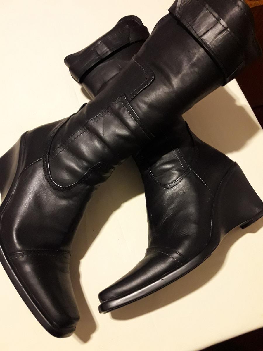 2b900c3ac80 botas de cuero para mujer color negro caña alta. Cargando zoom.