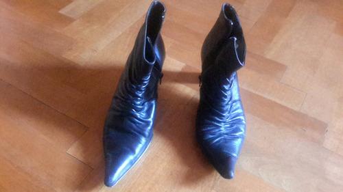 botas de cuero, poquisimo uso.