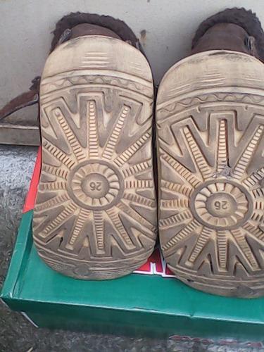 botas de niña gamuza talle26 como nuevas