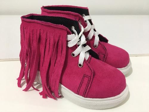 botas de niñas con flecos