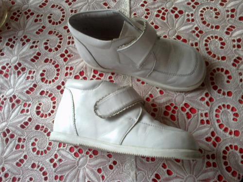 botas de niño usadas