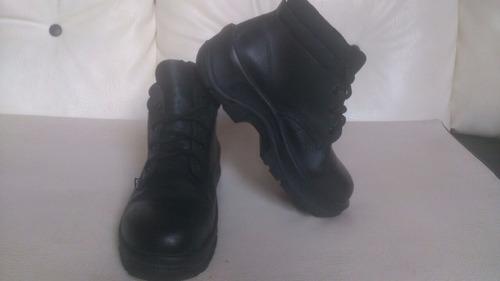 botas de seguridad grulla