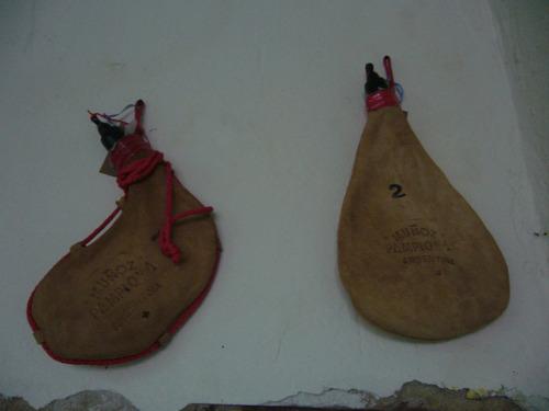 botas de vino curvas  de 1 1/2 lts. muñoz pamplona