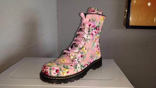 botas del numero 4, botas  bonitas