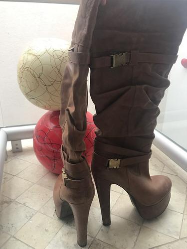 botas jessica simpson piel camel altas largas drapeadas