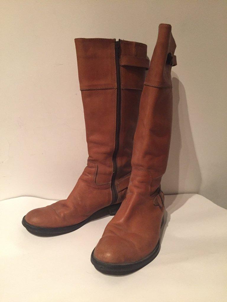 8d1719f8675 botas mujer caña alta cuero marron talle 38 moda tendencia. Cargando zoom.
