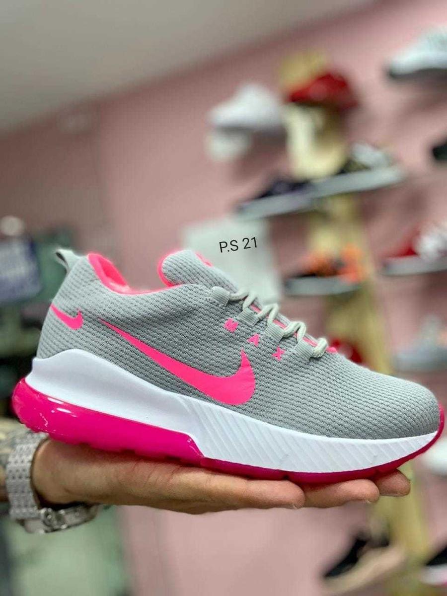 zapatos adidas nike
