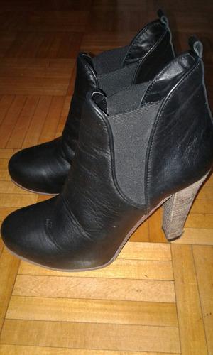 botas negras de mujer de cuero