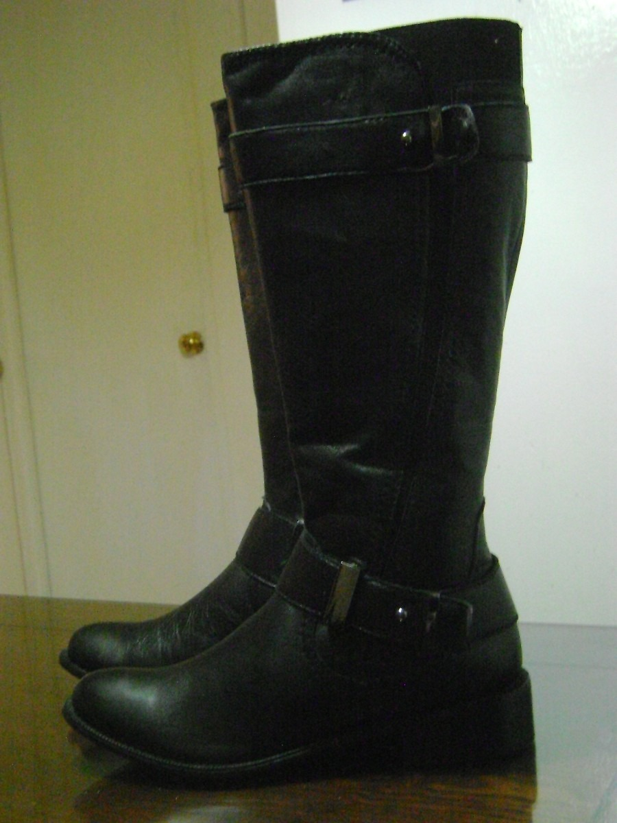 Botas negras sin mangas