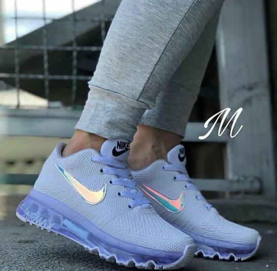 d26b89e4782a3 Botas Nike Air Max Para Dama - Bs. 95.000