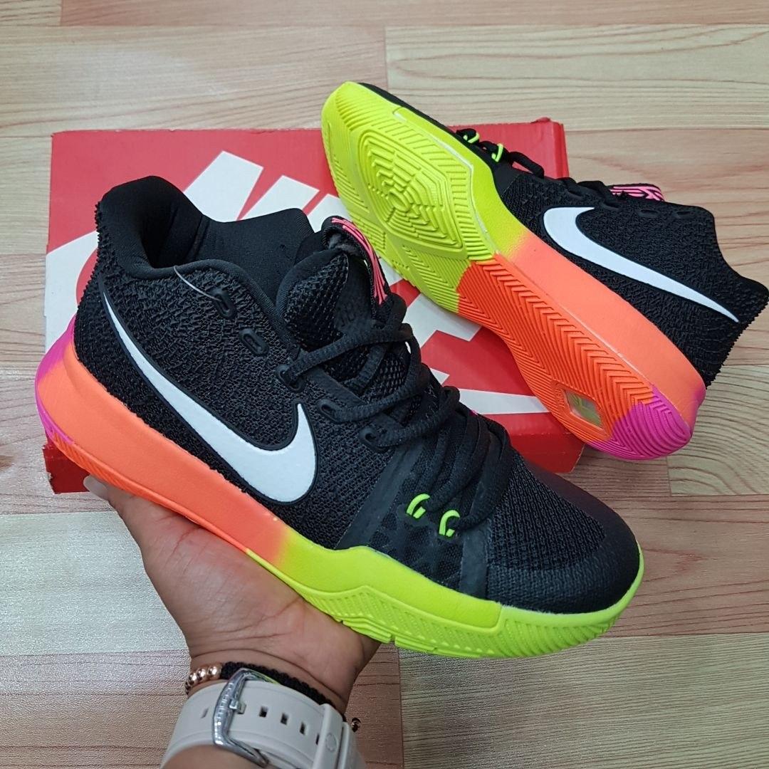 5f4a1114e3aa5 Botas Nike Kyrie Para Dama Tenis Baloncesto -   180.000 en Mercado Libre
