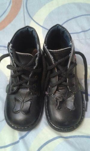 botas ortopédicas usadas niña suela  19 centímetros de largo