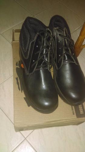 botas para dama y caballero