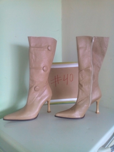 botas para damas 100% cuero colombiano.solo talla 40
