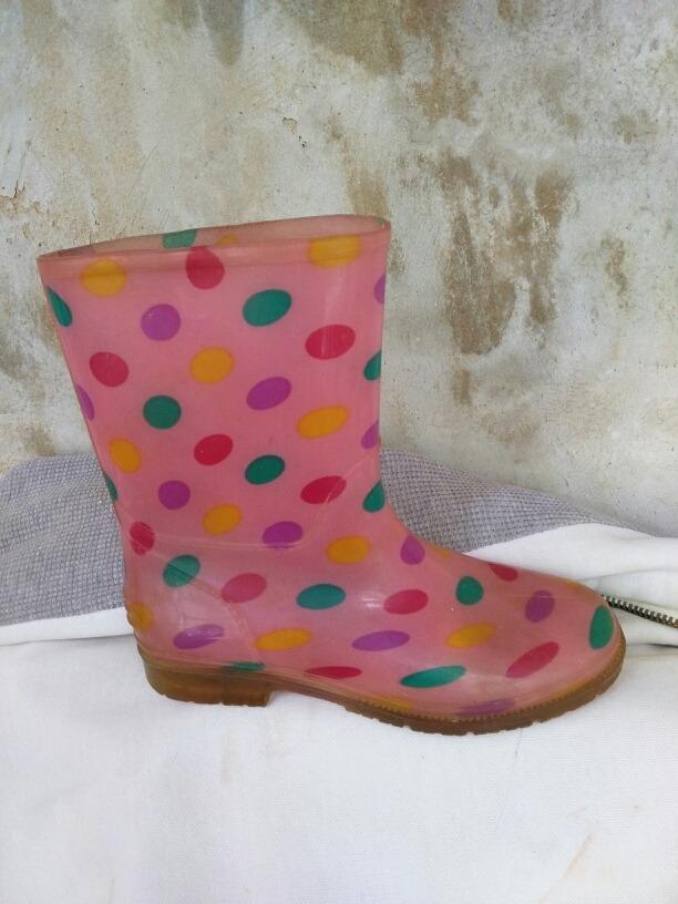 d6c3a3429e1 Botas Para Lluvia Impermeables Niñas Talla 34 Zapatos - Bs. 16.900 ...