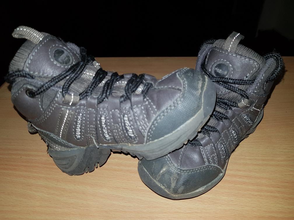 431bf43702e botas para niños talla 24 marca merú. Cargando zoom.