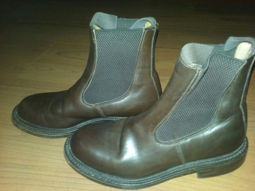 botas trickers st james marron