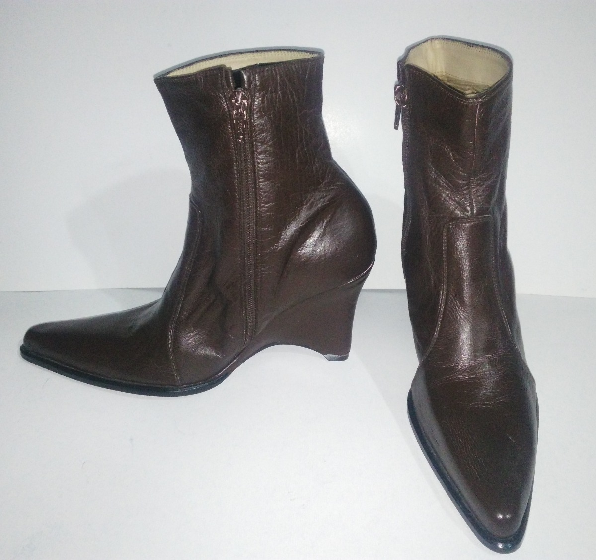 615b36926ca23 botas zapatos de cuero colombiano para damas talla 39. Cargando zoom.