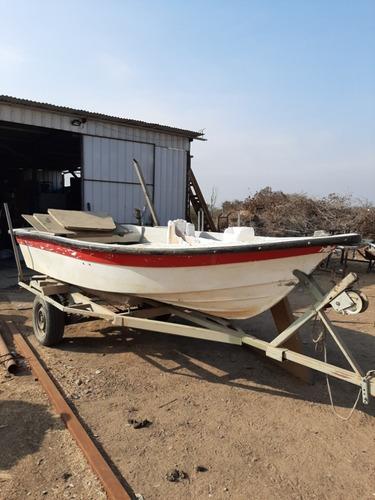 bote con motor y carro