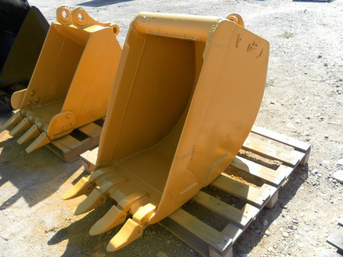 bote cucharon para retroexcavadora john deere 710