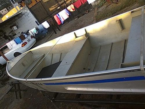 bote de aluminio para pesca deportiva