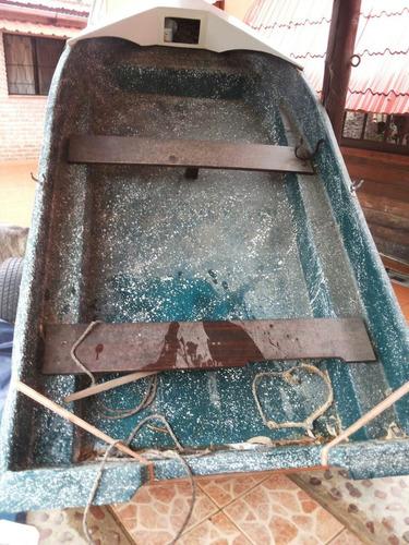 bote de fibra de vidrio con motor