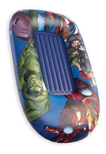 bote inflável infantil menino criança com fundo super herois