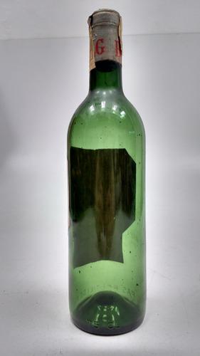 botella antigua vacía de vino chateau canterayne 1962