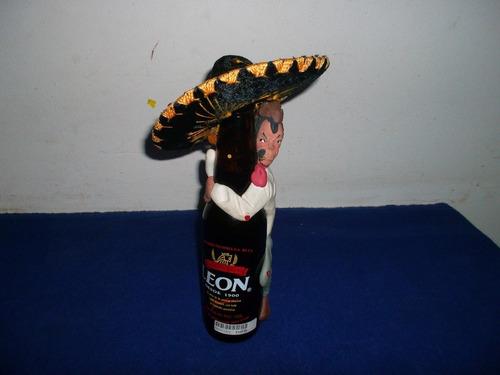 botella de cerveza mexicana de colección.único