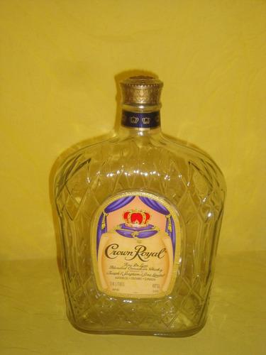 botella de whisky antigüa crown royal + petaca