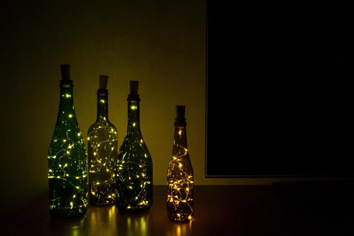 Botellas con luces led tap n de luces estilo luci rnagas - Botellas con luces ...