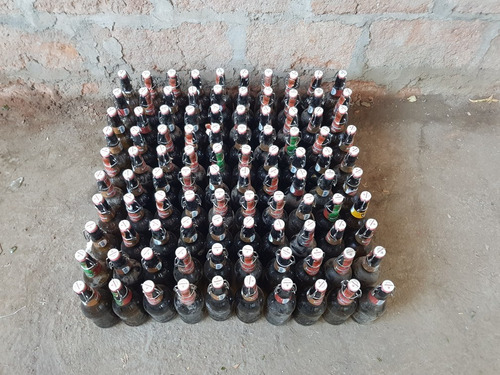 botellas de cerveza kunstmann gran torobayo vacías