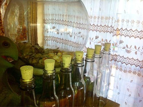 botellas de cristal con corcho incluido