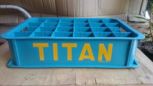 botellas de vidrio antiguas titan