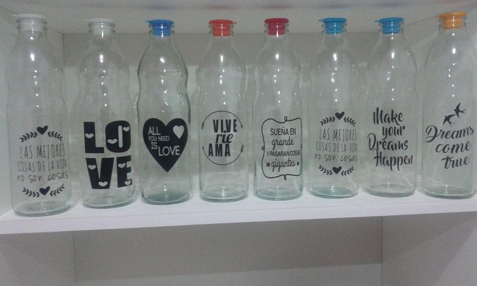 Decoracion botellas de vidrio florero con botellas de - Cristal con vinilo ...