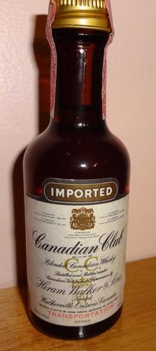 botellita de colección de whisky canadian club (canada)