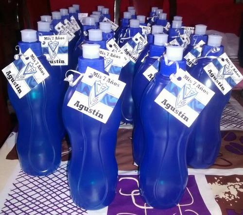 botellitas de plastico con tarjetita personalizada