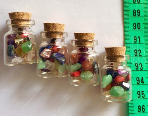 botellitas  de vidrio  $250 cada una   6 cm x 2 cm