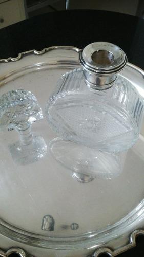 botellón cristal tallado cuello metal plateado década 1950