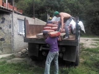 botes escombros,tierra,corotos,transporte de materiales