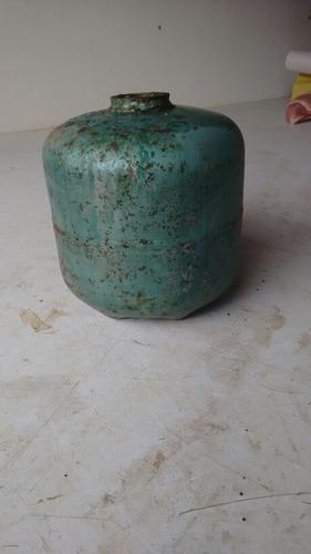botijão de gás pequeno