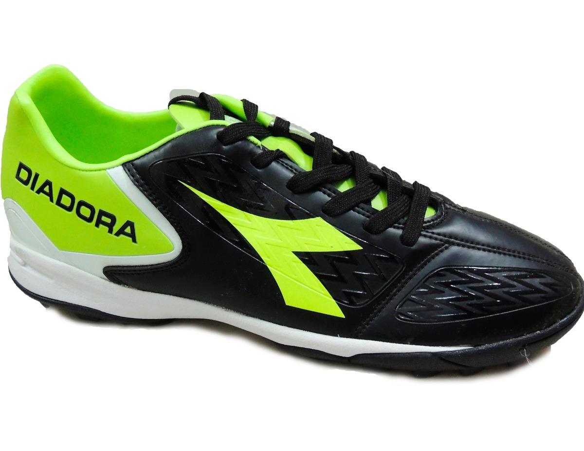 081029350a9 Botin De Papifutbol Marca Diadora Modelo Future! -   1.990