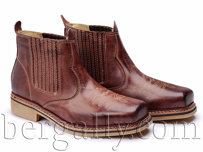 botina country rodeio bota 100% couro elastico sola borracha. Carregando  zoom. ffb733f90ee