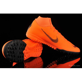 b81454afa423c Modelo Cr7 Botines Pupi Futbol - Botines para Adultos Naranja en ...