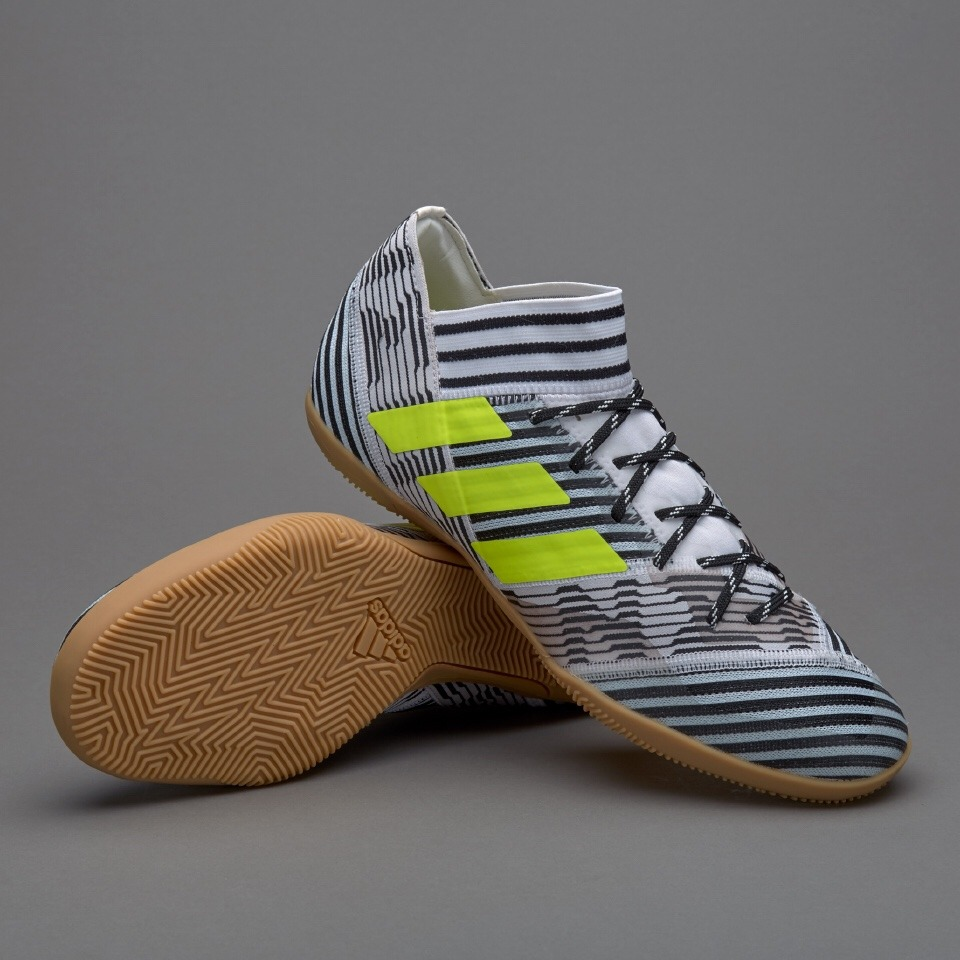 510f0c93f31 botines adidas nemeziz 17.3 indoor futsal messi original 9us. Cargando zoom.