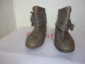 nuevo estilo b92b2 46e1c Botas Pull Bear Con Estoperoles - Ropa, Bolsas y Calzado de ...