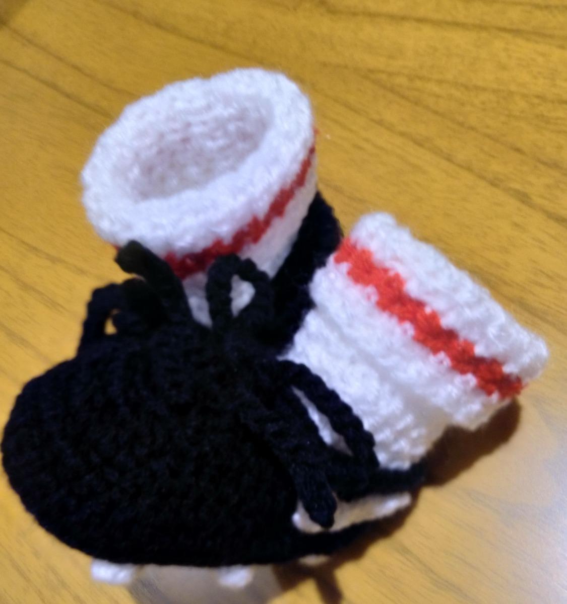 81e3abc45 botines de fútbol tejidos para bebé - escarpines crochet. Cargando zoom.