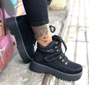 b514e461 Botines De Mujer De Gamuza Negros - Vestuario y Calzado en Mercado Libre  Chile