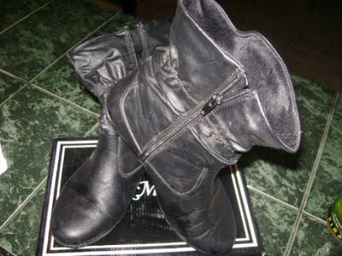 botines negros muy lindos