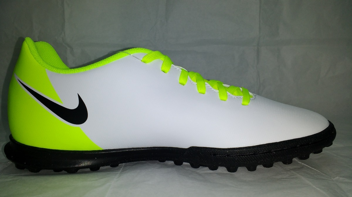 259e852406 Botines Nike Magista Ola Tf Adulto - $ 1.470,00 en Mercado Libre